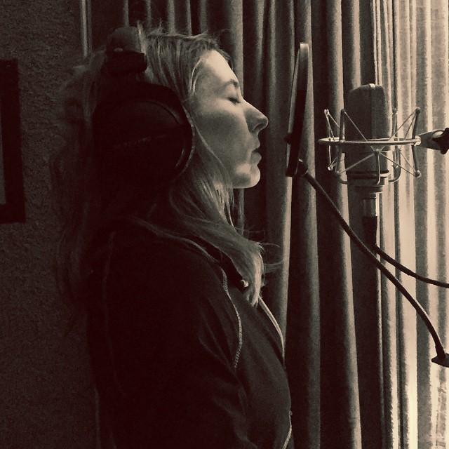 Everyday is like Sunday... #recording #femalesinger #studio #tracking