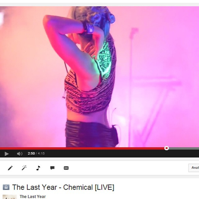 We just posted a NEW live video of an unreleased song, Chemical!  Check it out: http://youtu.be/s7Zz5F3uE2U @ramsheadgroup @ramsheadlive @calypsodigital #livemusic #liveband #femalefronted #chemical #youtube #live #ramsheadlive #portishead #jamesbond #007 @theendrecords